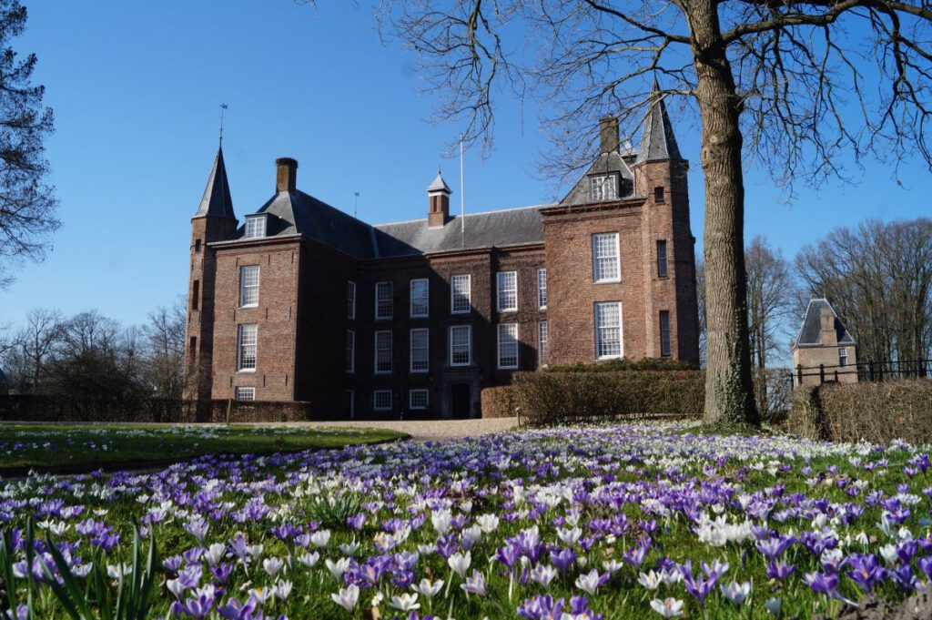 Slot Zuylen in de lente