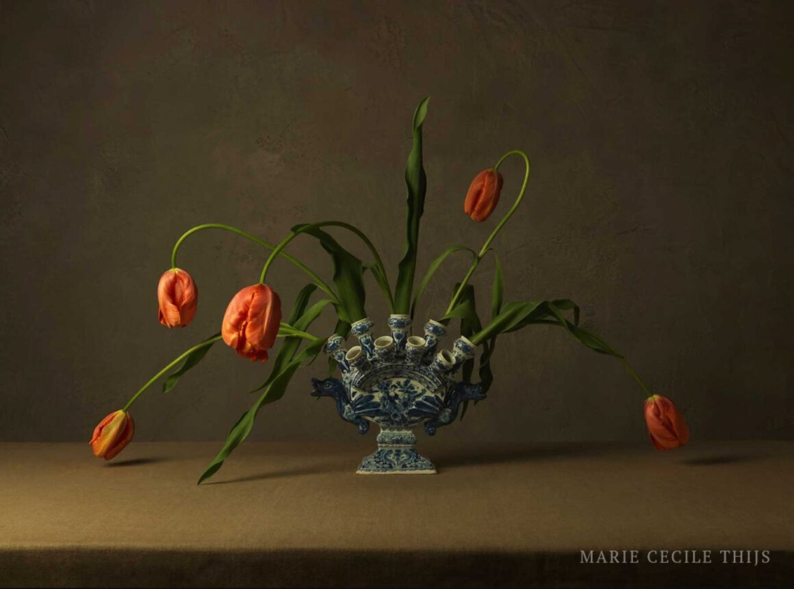 Orange-Tulips-in-Delftware-Vase-without-water-copyright-Marie-Cecile-Thijs